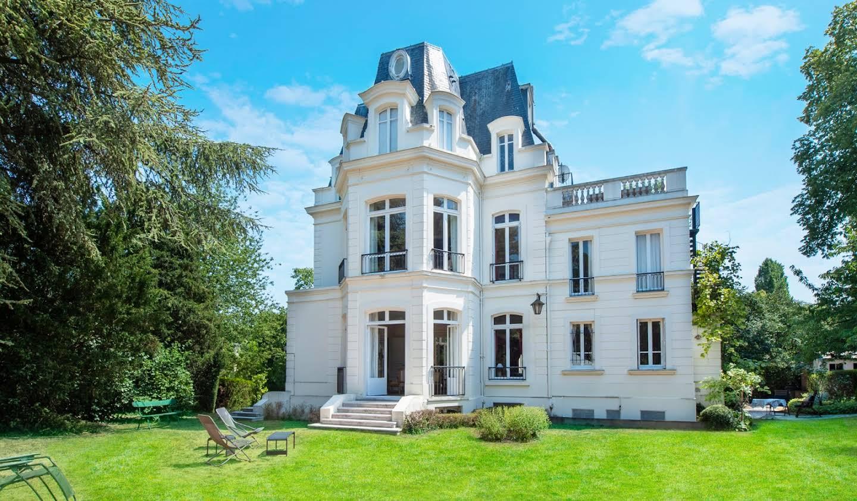 Private mansion Saint-Cloud
