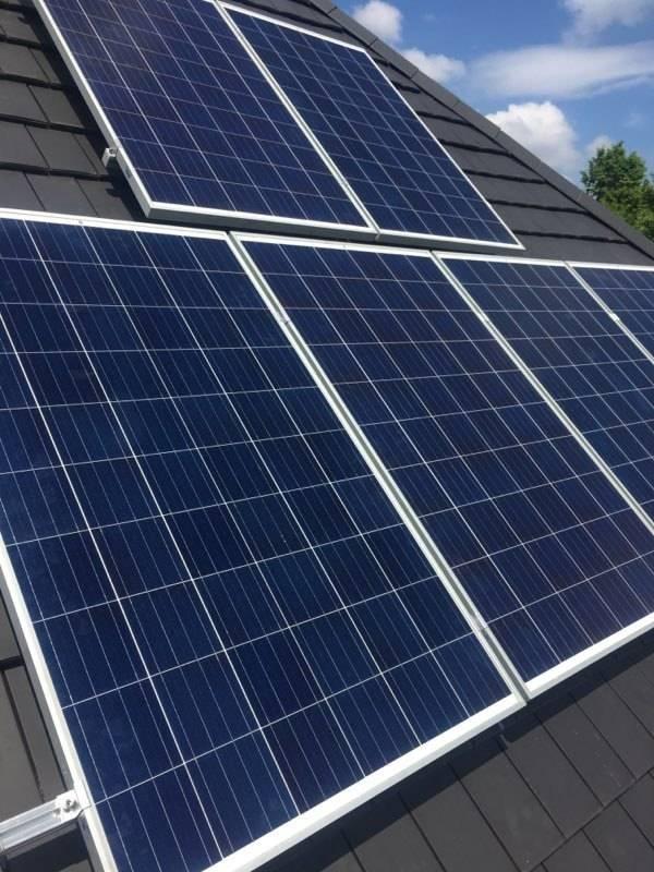 Realisaties Verelst Heating - PV panelen Vitovolt 300