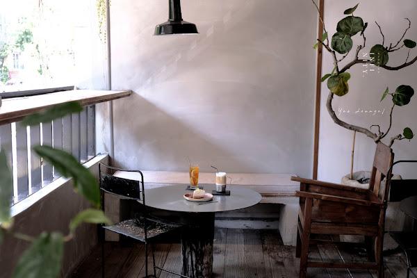台北天母 INFINITY .Yes Lounge,咖啡廳裡的無聲想像,原來藝術也可以與日常生活這麼靠近。士林區咖啡/天母美食