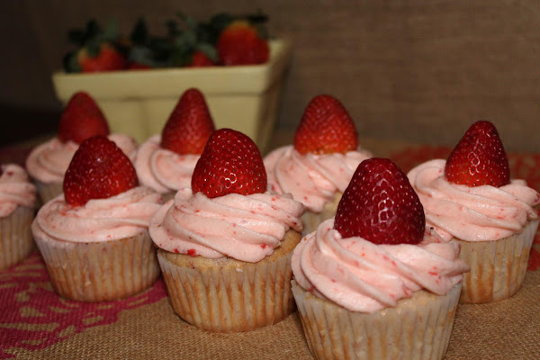 Strawberry Cupcakes With Strawberry Buttercream Recipe