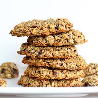 Healthy Banana Date Oatmeal Breakfast Cookies.