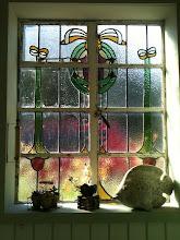 Photo: Olde English Window