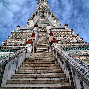 Stairway to Heaven by Bob White - Buildings & Architecture Places of Worship ( bangkok, temple, buddhism, buddhist, thailand,  )