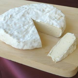 Real Cashew-based Vegan Brie!.