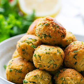 Easy Homemade Falafel.