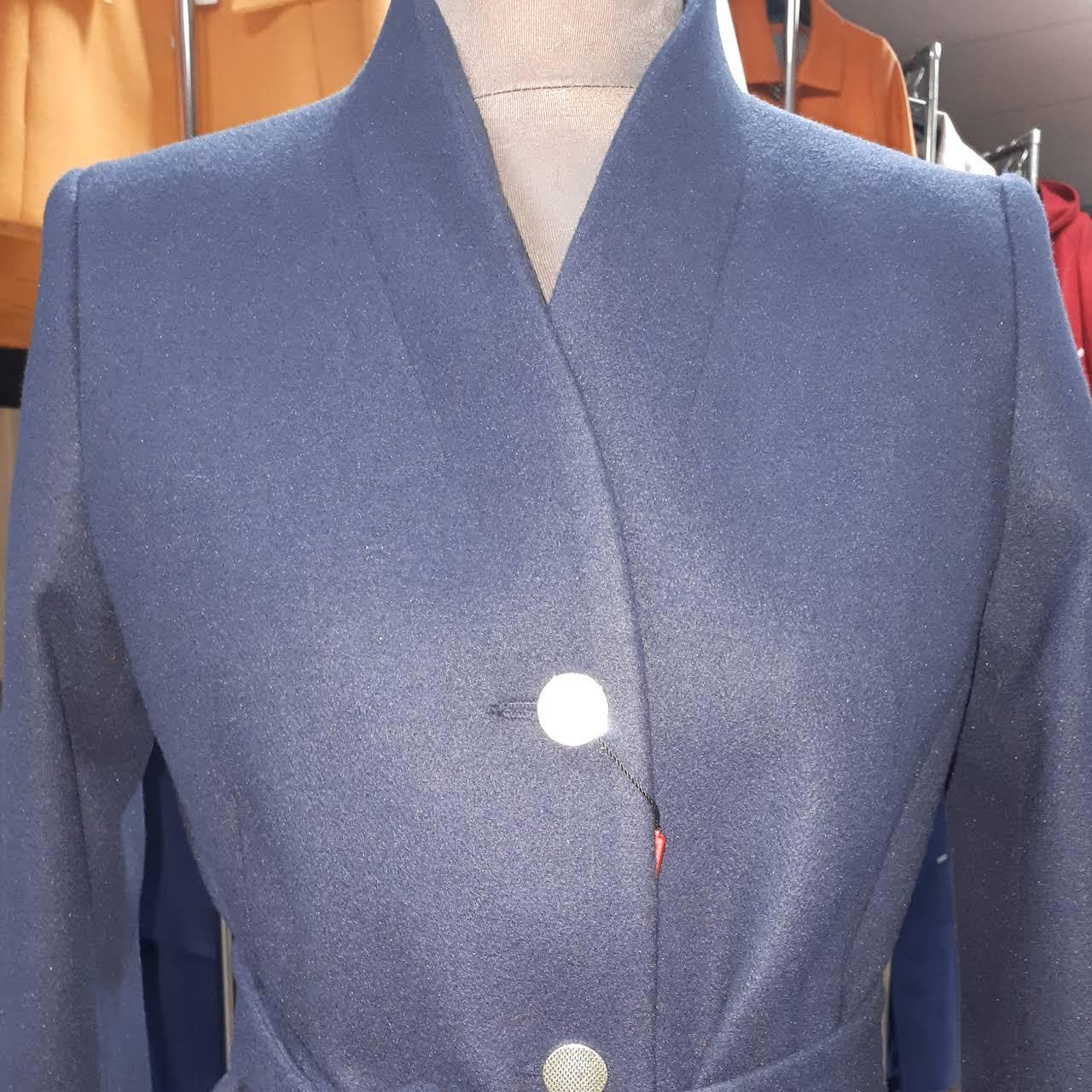 6859cb6153afa Sklep Elegant - płaszcze, kurtki, garsonki, spódnice, bluzki ...