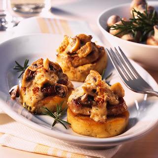 Schweinefilet auf Kartoffel-Plätzchen mit Champignons
