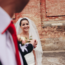 Wedding photographer Sveta Seredenko (svetaSeredenko). Photo of 25.10.2016