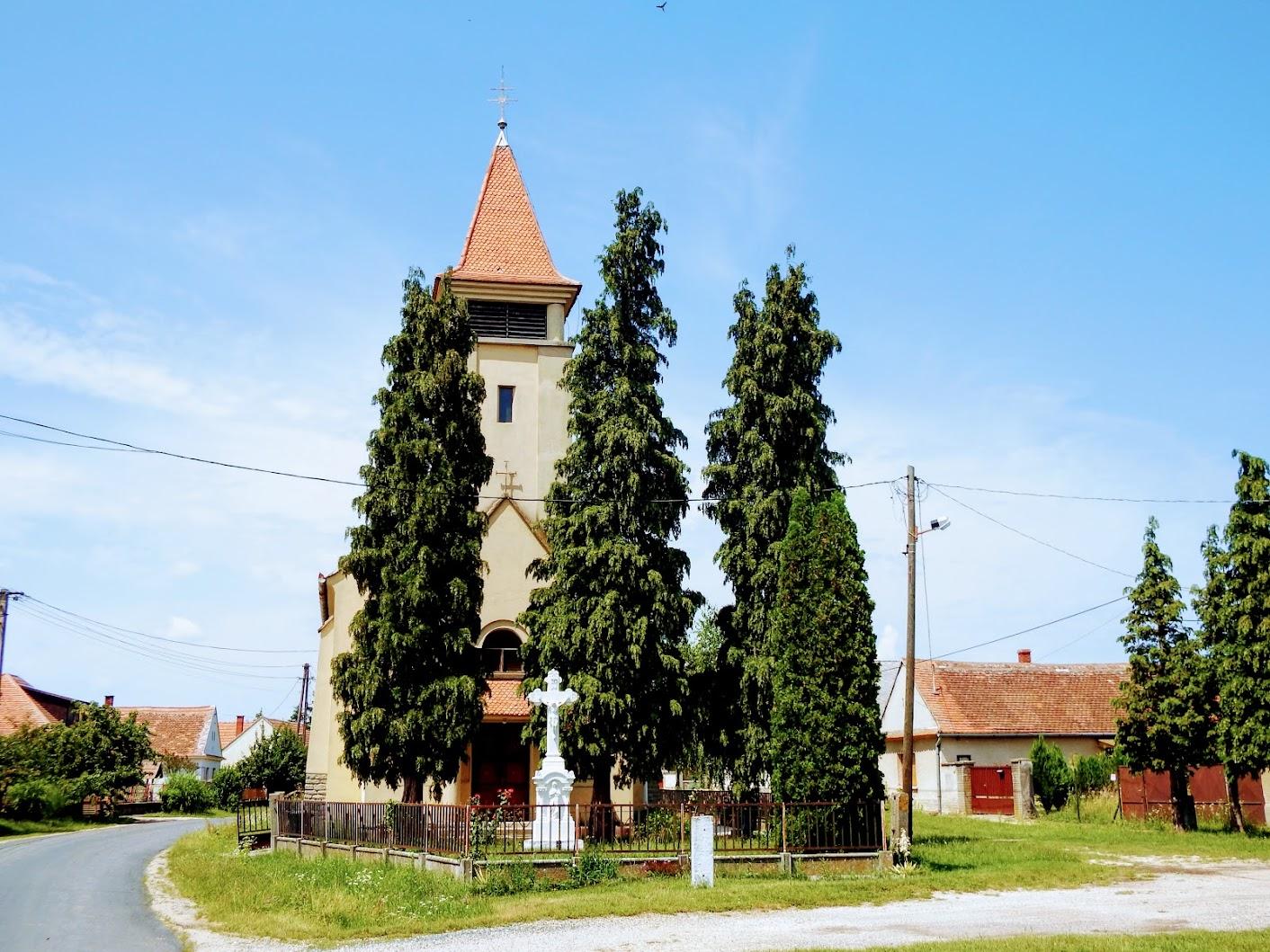 Bejcgyertyános - Szűz Mária neve rk. templom