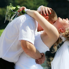 Wedding photographer Viktor Kalabukhov (victor462). Photo of 24.08.2013