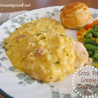 Cheesy Chicken and Rice {Crock Pot}.