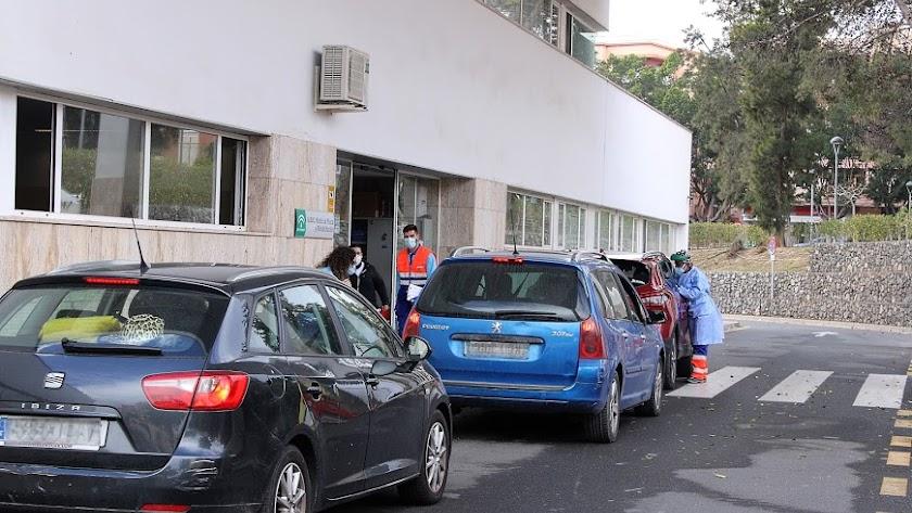 Autocovid de la Bola Azul, en la capital.