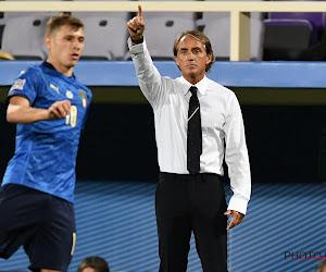 """Roberto Mancini stelde de verkeerde speler op bij Italië: """"Mijn fout, ik had mijn bril niet op"""""""