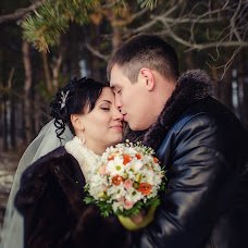 Wedding photographer Lyaysan Samatova (lyaysan0705). Photo of 08.12.2014