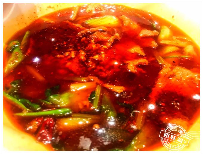 北京胡大飯館-水煮牛肉