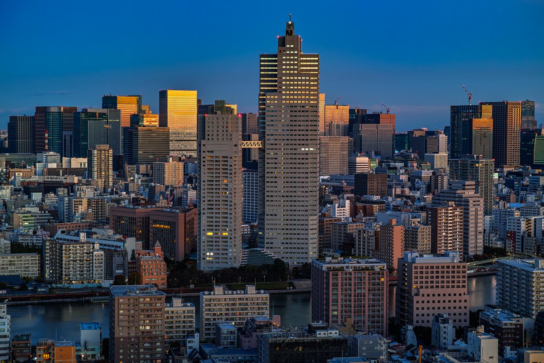 Dawn of the big city / 大都会...