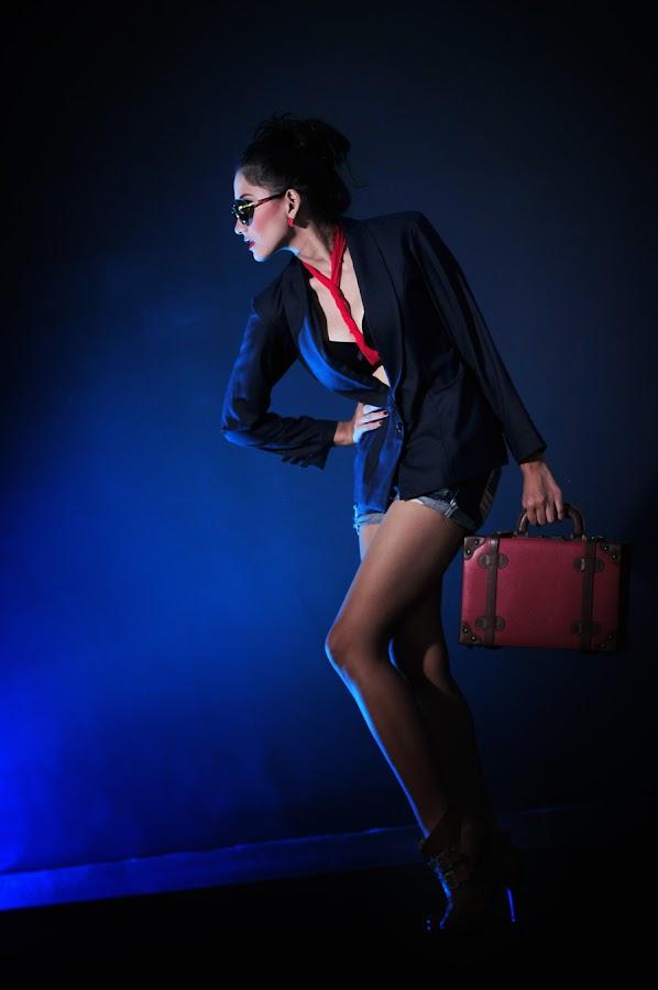Fashion in Basic by Zoky Zoker - People Portraits of Women