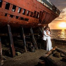Wedding photographer Kostas Sinis (sinis). Photo of 12.10.2018