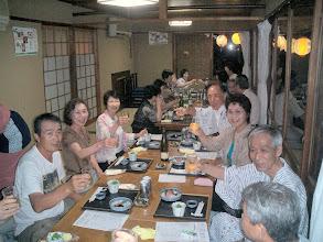 Photo: 鵜飼舟より上陸後、縁台部屋で 晩餐会 by YH