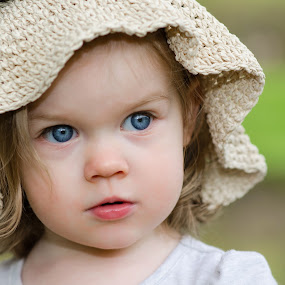 Big Blue Eyes by Renee Crabtree - Babies & Children Child Portraits ( child, sweet, blue eyes, portrait, hat )