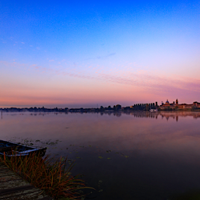Sunrise Mantova by Fabrizio Contadini - Landscapes Sunsets & Sunrises ( clouds, lights, water, skyline, sky, fog, mantova, reflections, sunrise, landscape, morning )