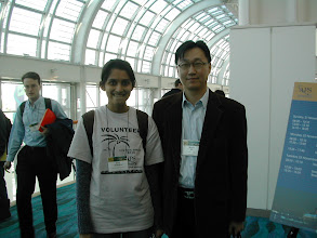 Photo: Gauri (Now at USC) and Dr. Kim in the APS DFD Meeting at Long Beach