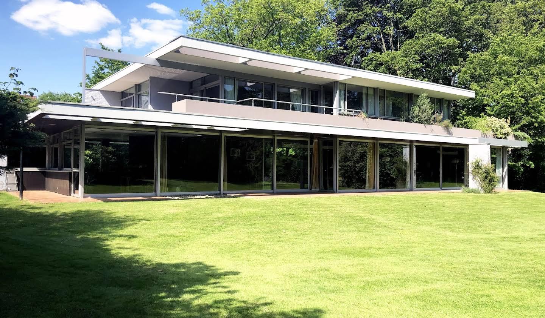 Maison avec jardin et terrasse Croix
