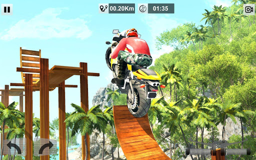 Bike Stunt Mega Tracks: Sky Ramp 1.0 screenshots 4