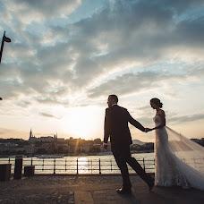 Wedding photographer Oleg Oparanyuk (Oparanyuk). Photo of 16.10.2014