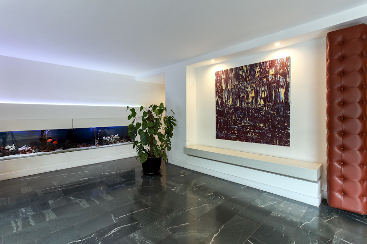 Entrance of Lexington Serviced Apartments, Old Street