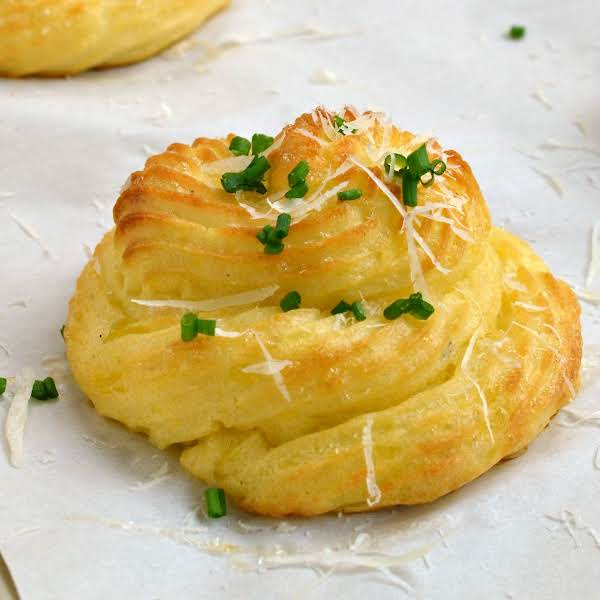 Perfectly Proportioned, Delicious, Pretty And Easy These Duchess Potatoes Are Perfect For Your Holiday Celebrations And Dinner Parties.  Your Guests Will So Impressed With Your Elegance.