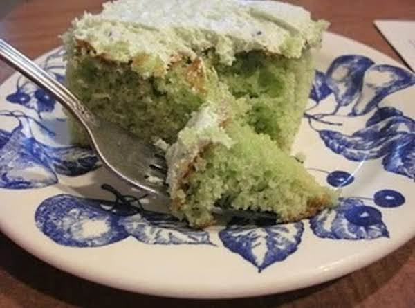 Watergate Cake With Frosting