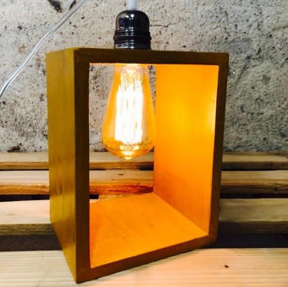 Lampe Beton Couleur Jaune Moutarde Lampe A Poser Design En Beton