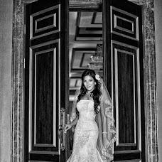 Bryllupsfotograf Evgeniy Mezencev (wedKRD). Foto fra 04.10.2016