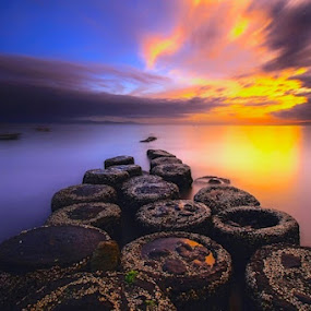 Rock`n of Donuts Beach  by Bertoni Siswanto - Landscapes Beaches ( beaches, sunrise & sunset, clouds formations, seascapes, landscapes )