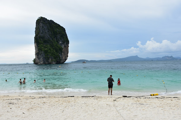 Stop at Poda Island for sightseeing