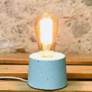lampe béton design bleu pastel