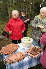 Photo: Picknick im Wald für die Magdeburger Wanderfreunde
