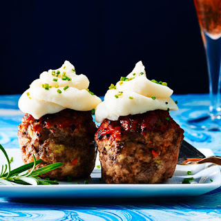 "Bite-Size Meatloaf ""Cupcakes"""