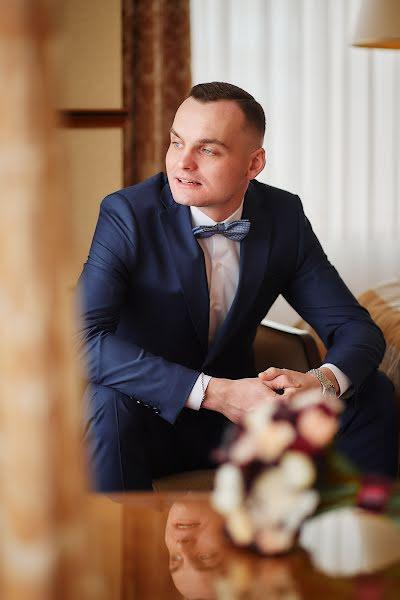 Wedding photographer Evgeniy Oparin (oparin). Photo of 15.01.2020