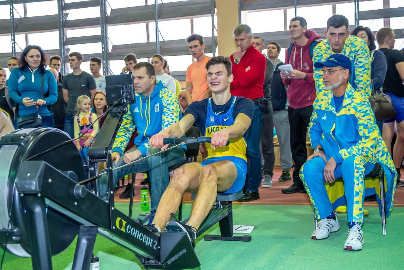 Фотографии. Чемпионат Украины по гребле на эргометрах среди юниоров