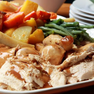 Juicy Slow-Cooked Chicken And Veggies
