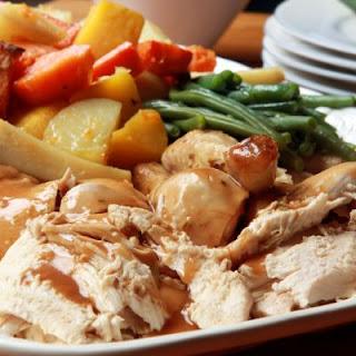 Juicy Slow-Cooked Chicken And Veggies