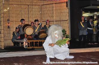 Photo: 【平成20年(2008) 宵宮】  宵宮後半には雨も上がり、桟敷での演舞も再開。