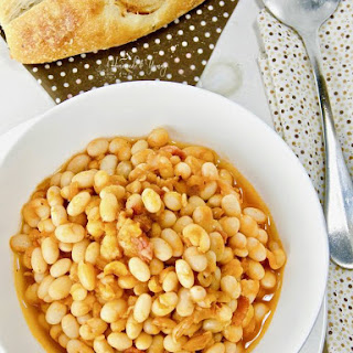 Quick Pressure Cooker Baked Beans with Bacon.