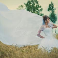 Wedding photographer Evgeniy Isaev (gorinich2302). Photo of 03.12.2012
