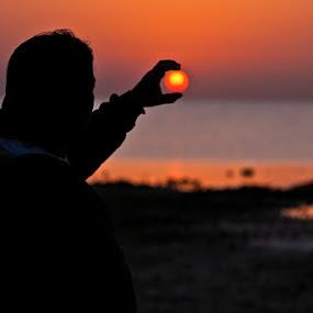 Catching Sunrise.. by Marlon Diwata - Landscapes Starscapes