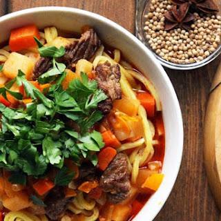 Lagman Recipe - Uzbek Beef Noodle Soup with Vegetables.