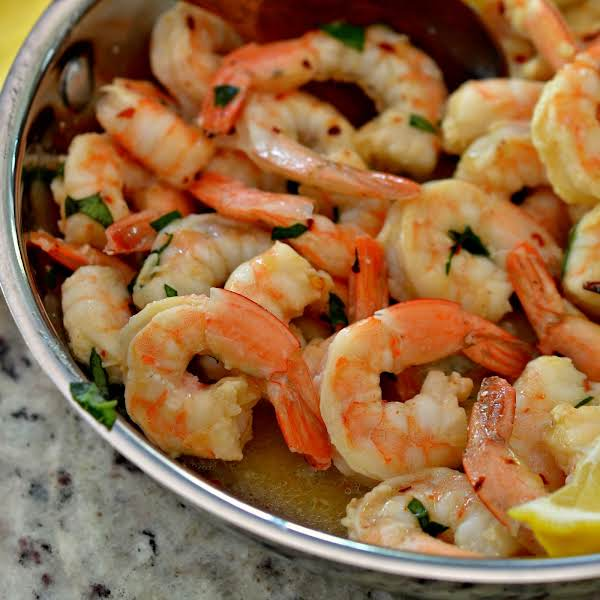 With Seven Ingredients This Scrumptious Garlic Butter Shrimp Comes Together In About Ten Minutes.  You Can Serve As A Quick Little Appetizer Or Over Angel Hair Pasta.