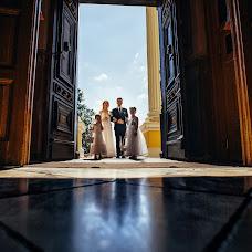 Wedding photographer Dmitriy Roman (romdim). Photo of 19.10.2018